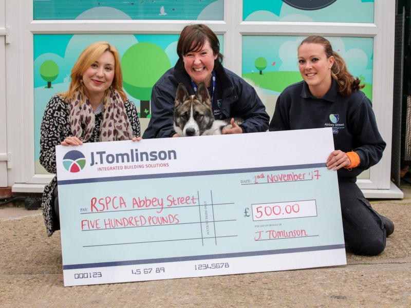 J Tomlinson donates £500 to local RSPCA shelter