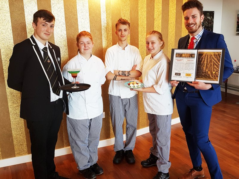 An evening of elegance and flavours for students