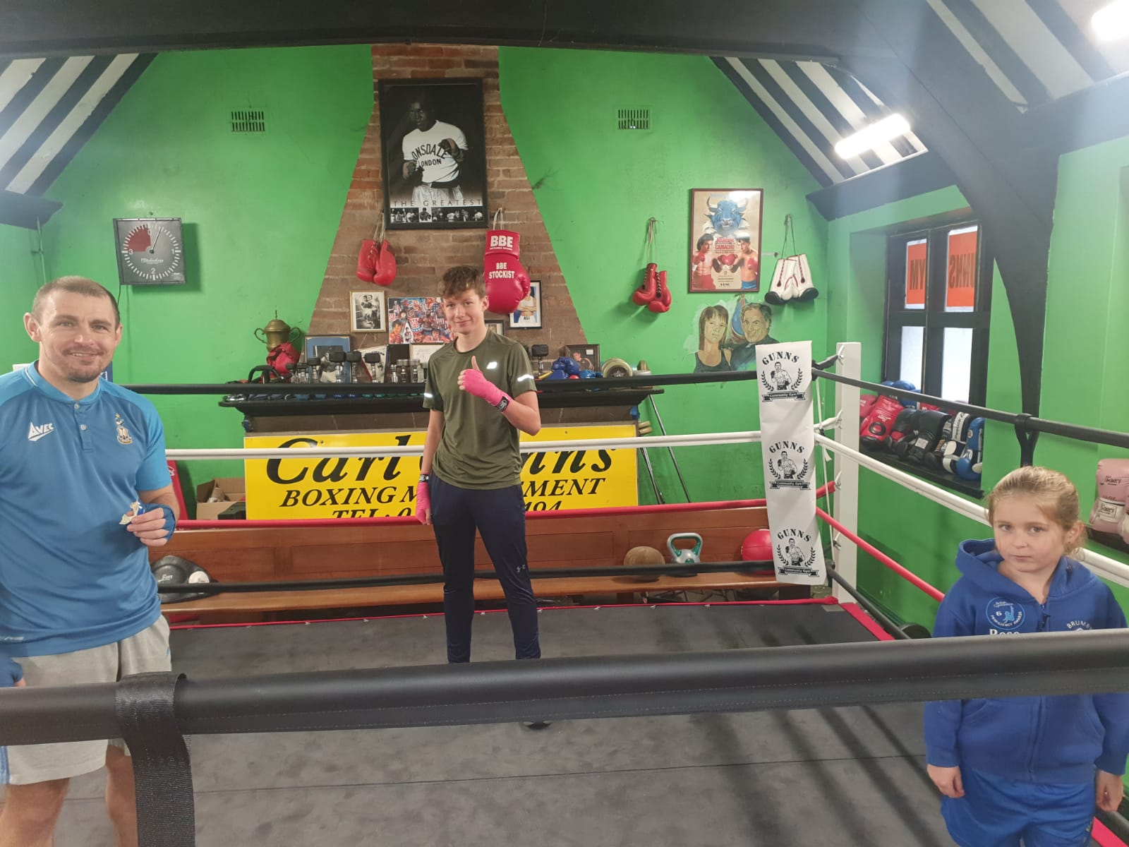 Retired boxer provides final hit to save Leicestershire Boxing gym