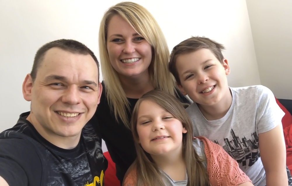 Virtual Handover Sees Warwickshire Family Successfully Move During Lockdown