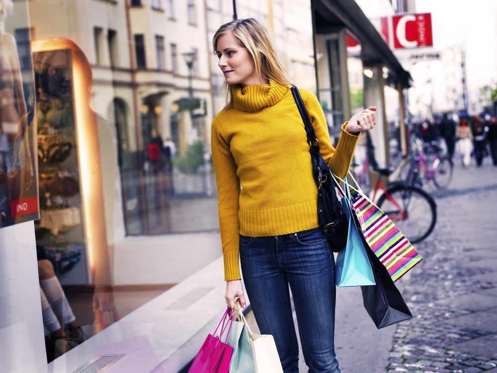 55% of people in East Midlands pledge to support small businesses this Christmas