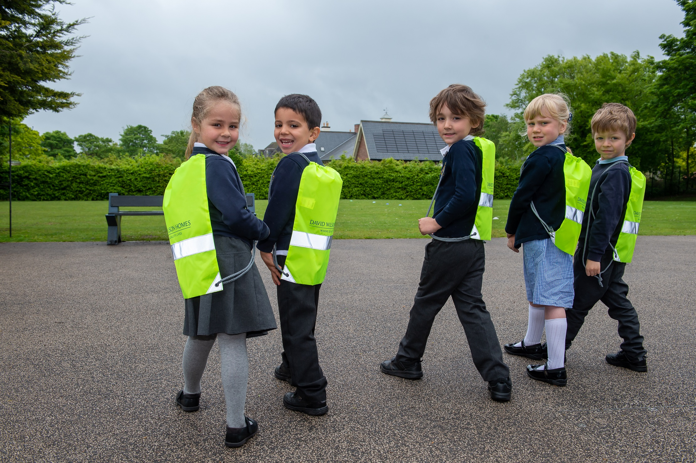 NOTTINGHAMSHIRE HOMEBUILDER GETS PUPILS KITTED OUT FOR COMMUTES ON WALK TO SCHOOL WEEK