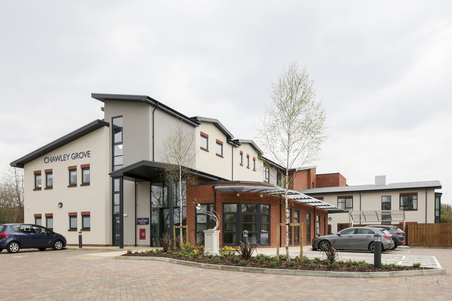 J Tomlinson hands over £6.5m luxury care home in Oxfordshire