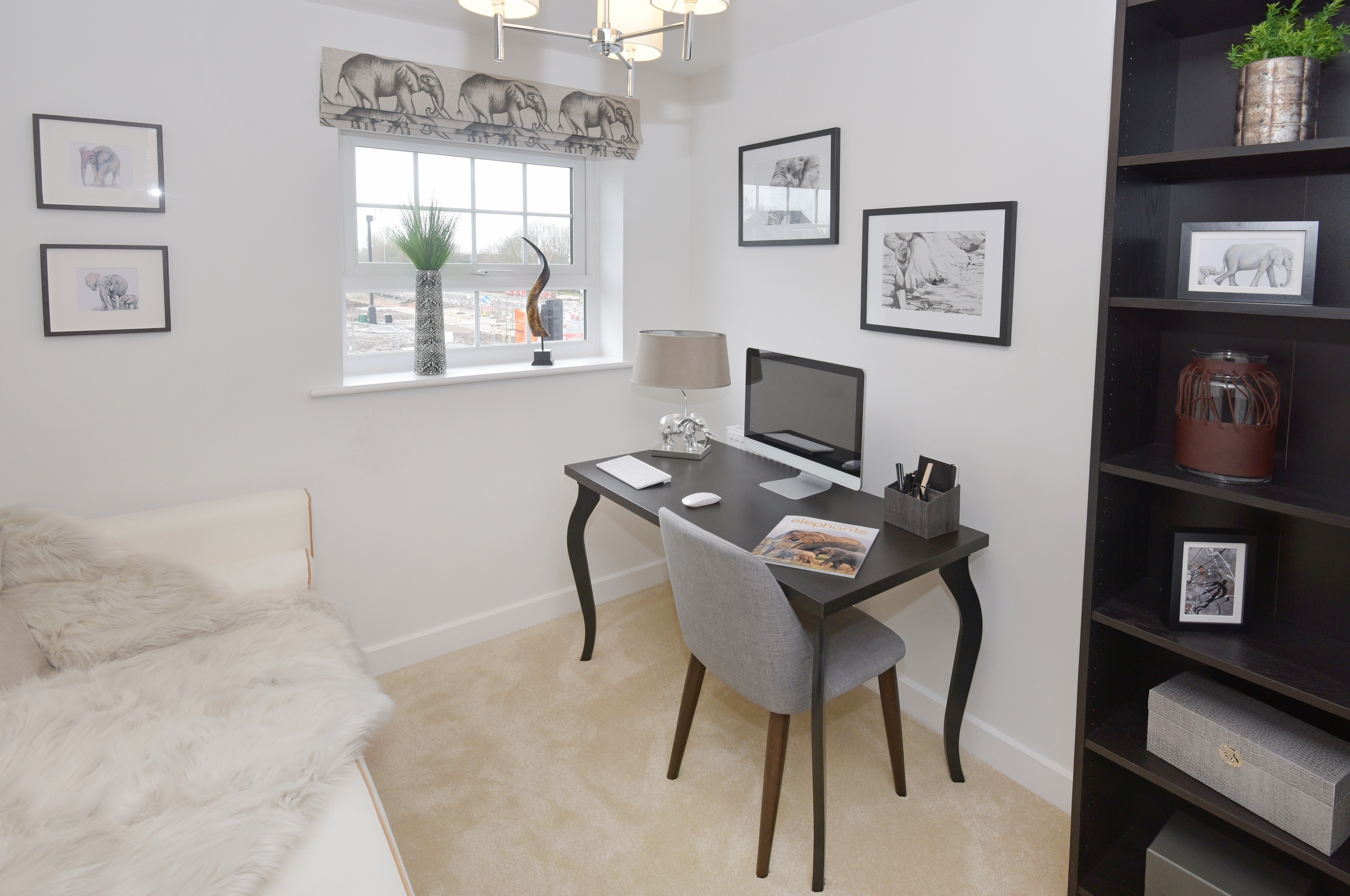 HOW TO WORK UP AND WIND DOWN IN YOUR AT-HOME OFFICE IN WARWICKSHIRE
