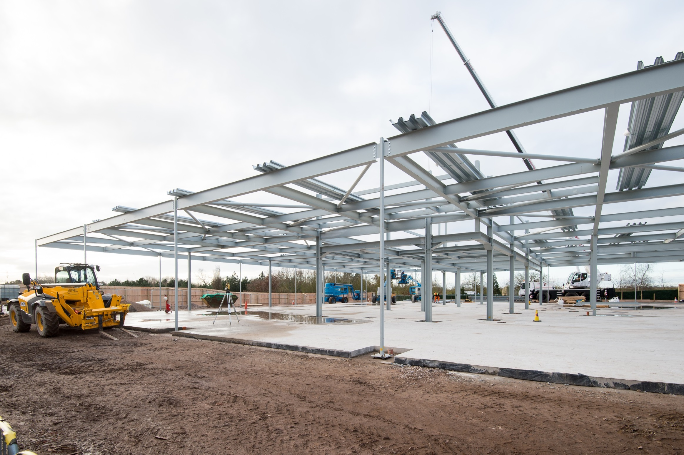 STEELWORK GOES UP AS EVENTS BUILDING FOR NATIONAL MEMORIAL ...