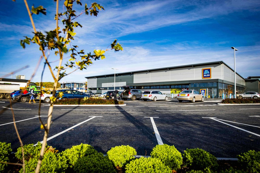 Supermarket sweep for Stepnell as it completes new Aldi store