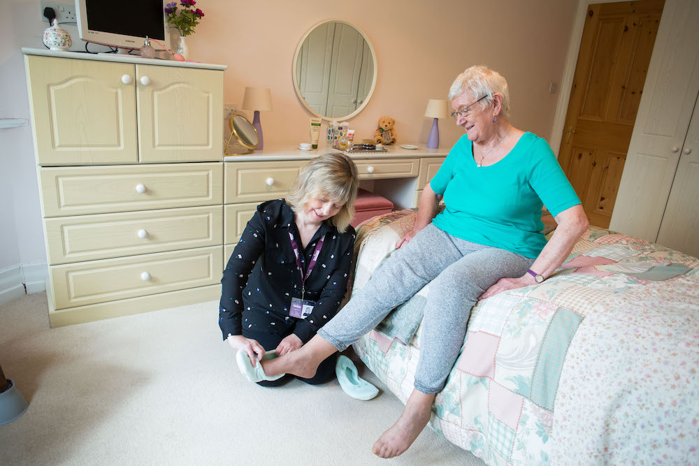 Jobs boost in East Midlands for caring and kind-hearted caregivers