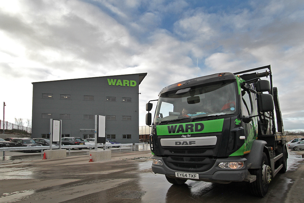Ward helps contain clinical waste to prevent COVID-19 contamination