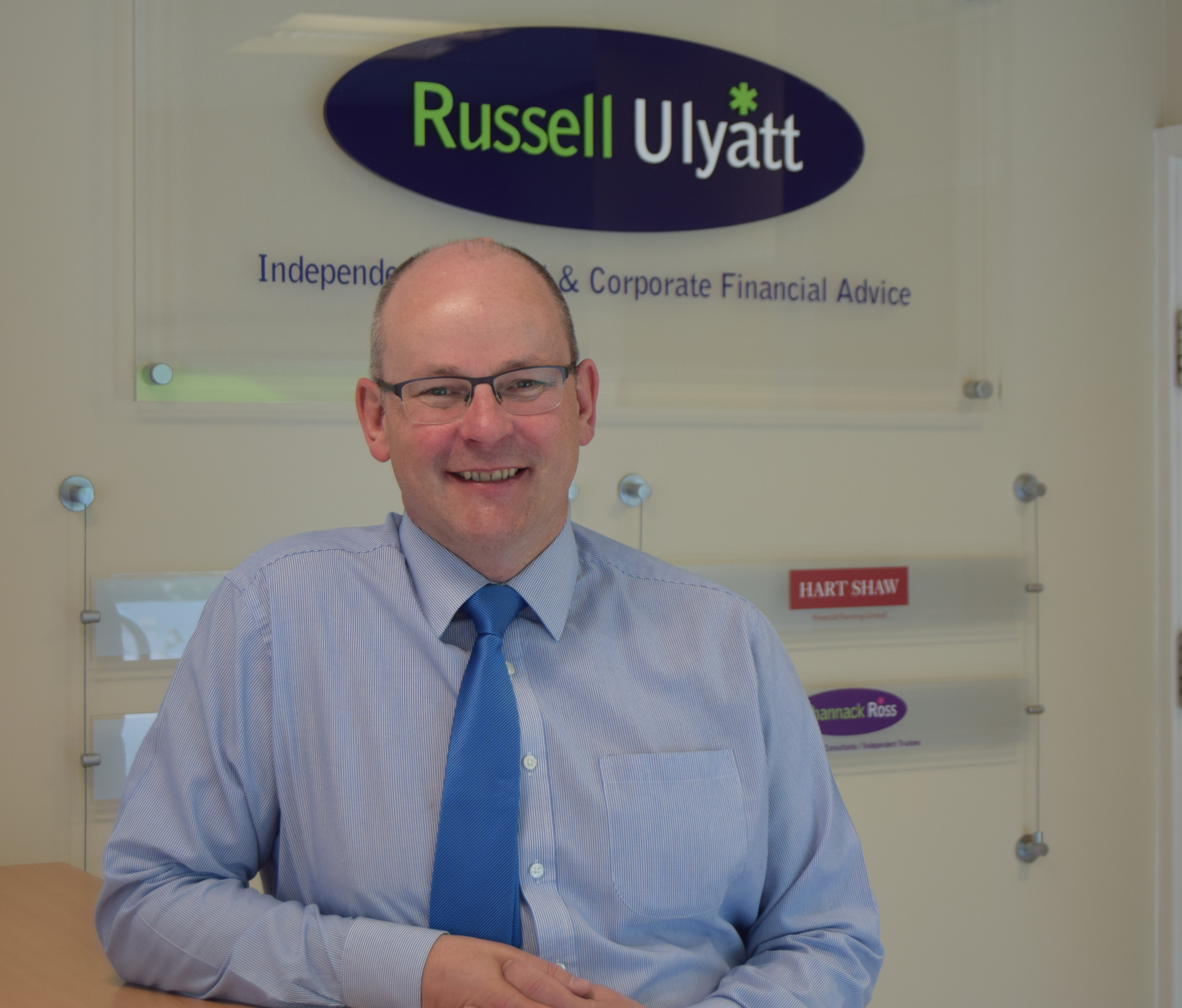 Financial Advice Firm Invests in Customers with Intelligent Office