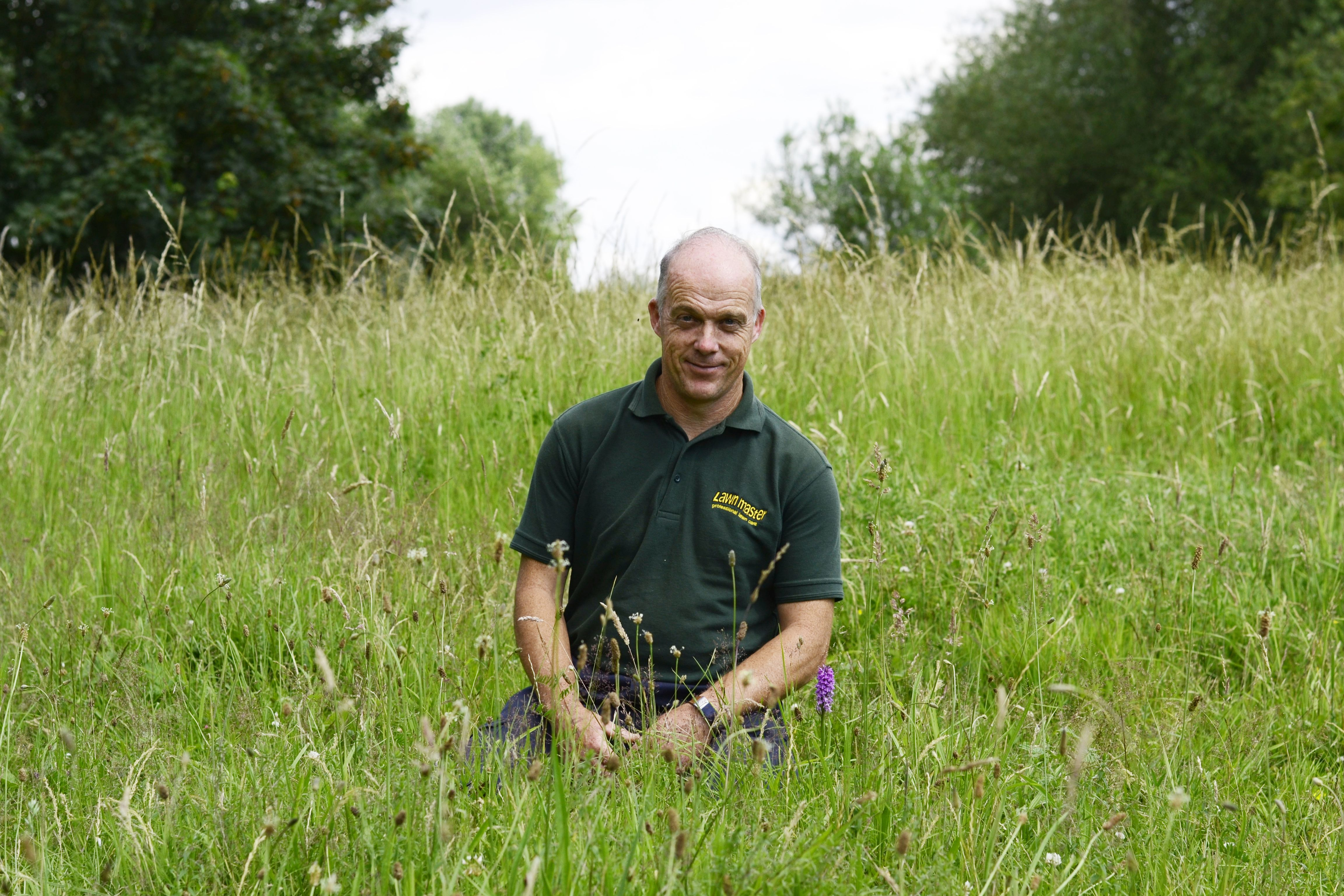 Local'Lawn Master' gets a Twitter Boost from Theo Paphitis