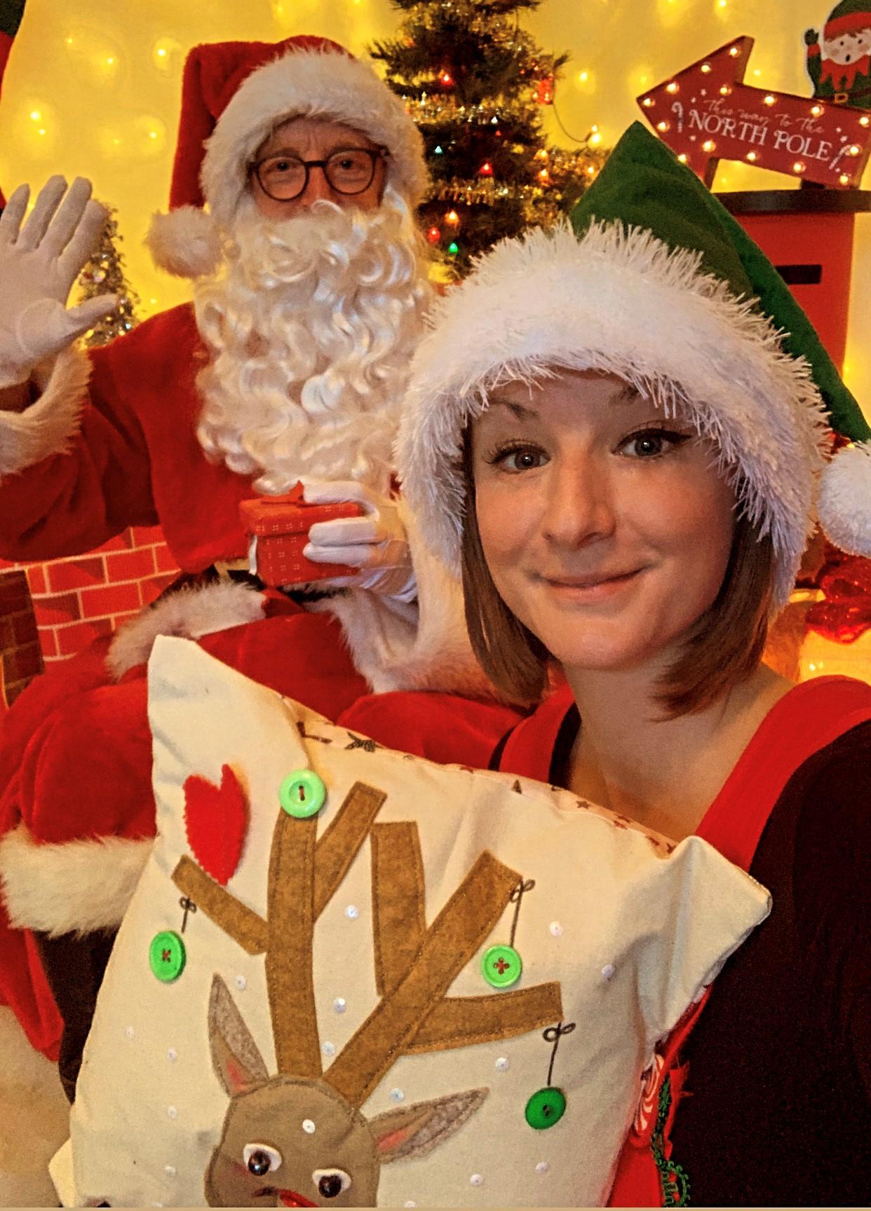 Leicestershire estate agents raises £1,255 for children's hospice