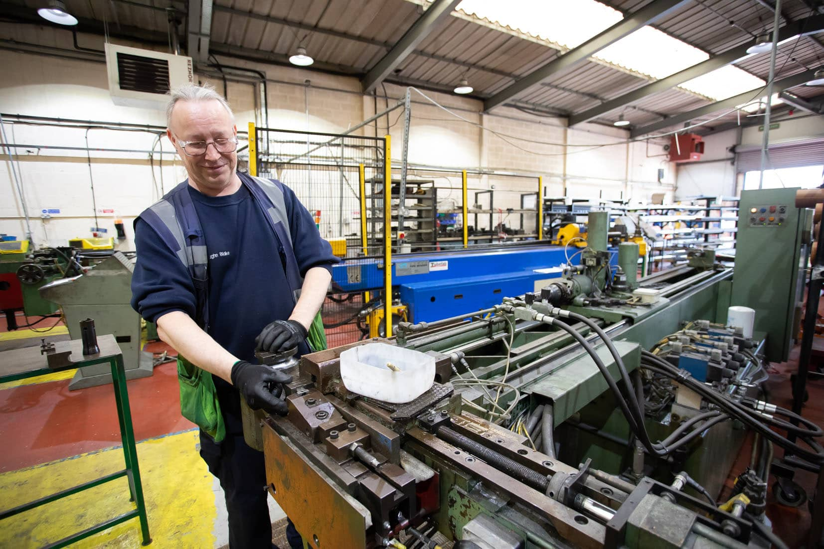 Barometer asks East Midlands manufacturing SMEs to explore supply chain price changes and raw material issues