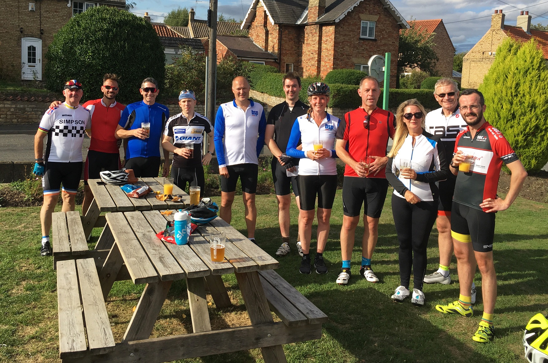 Lincoln Property Professionals go the extra mile at new cycling event. -  Love Business East Midlands 74e010e4e