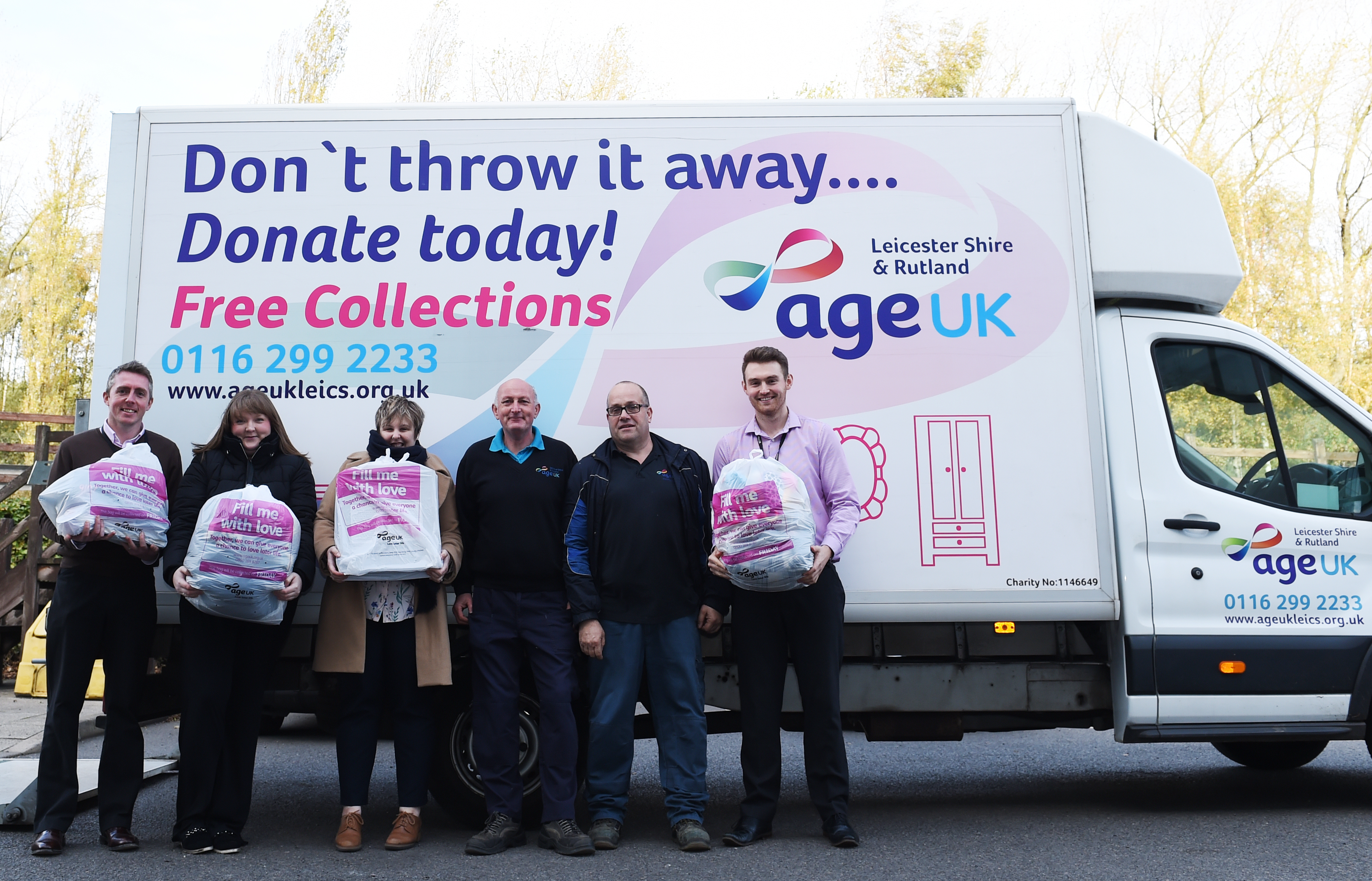 Pall-Ex team tackles Big Bag Challenge to support local charity