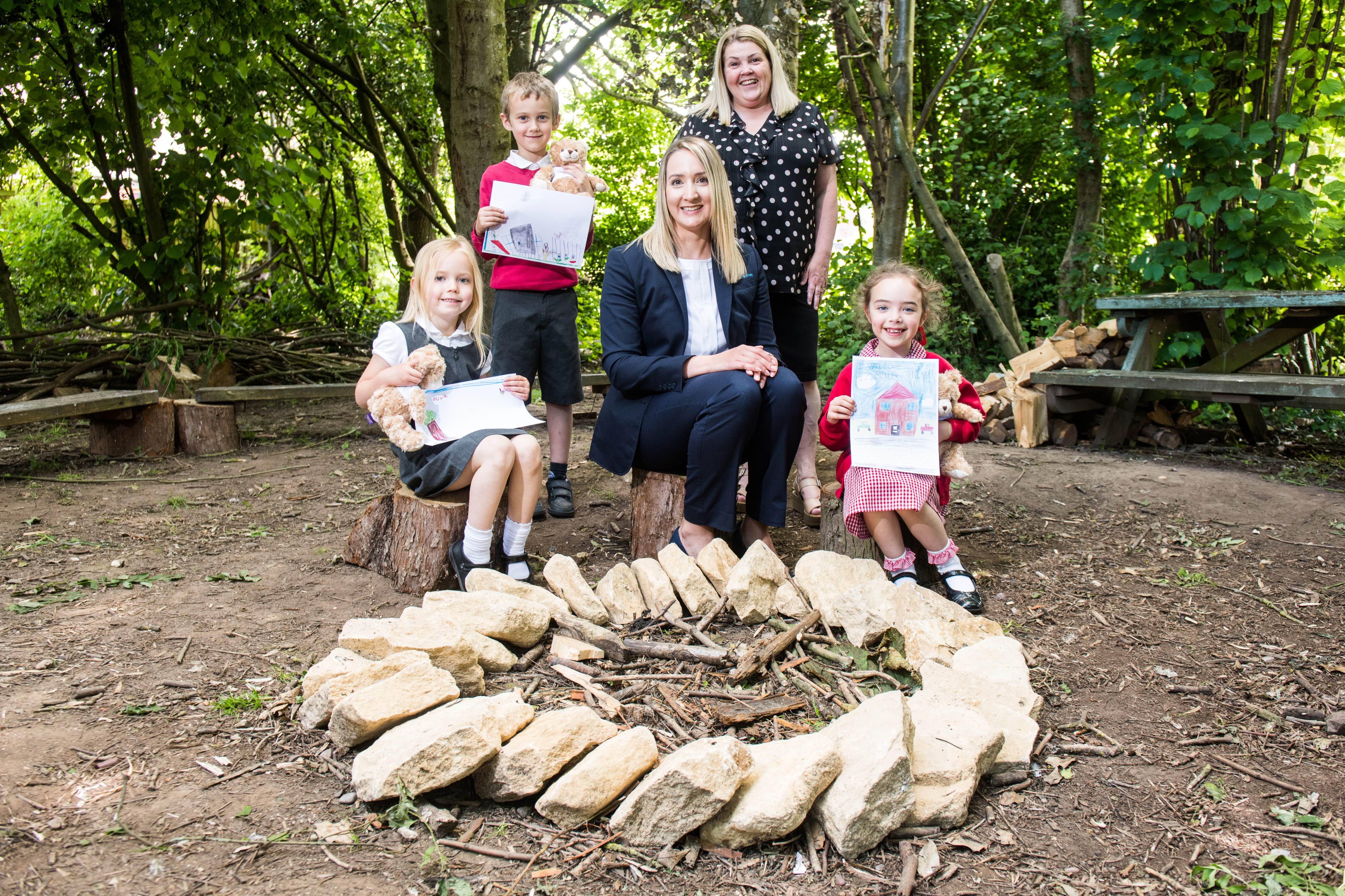 MILLER HOMES DONATES FUNDS TO HELP PORTWAY INFANT SCHOOL BUILD OUTDOOR LEARNING AREA