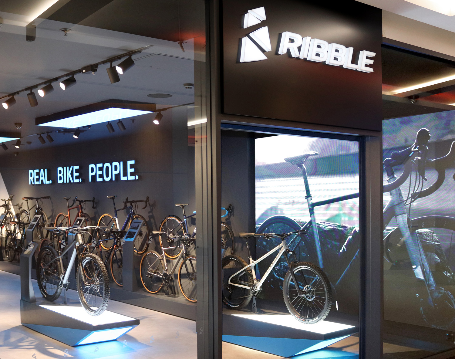 Ribble Cycles into Nottingham
