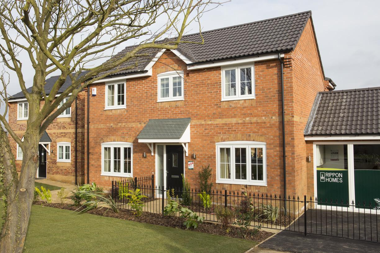 Midlands house builder back to work
