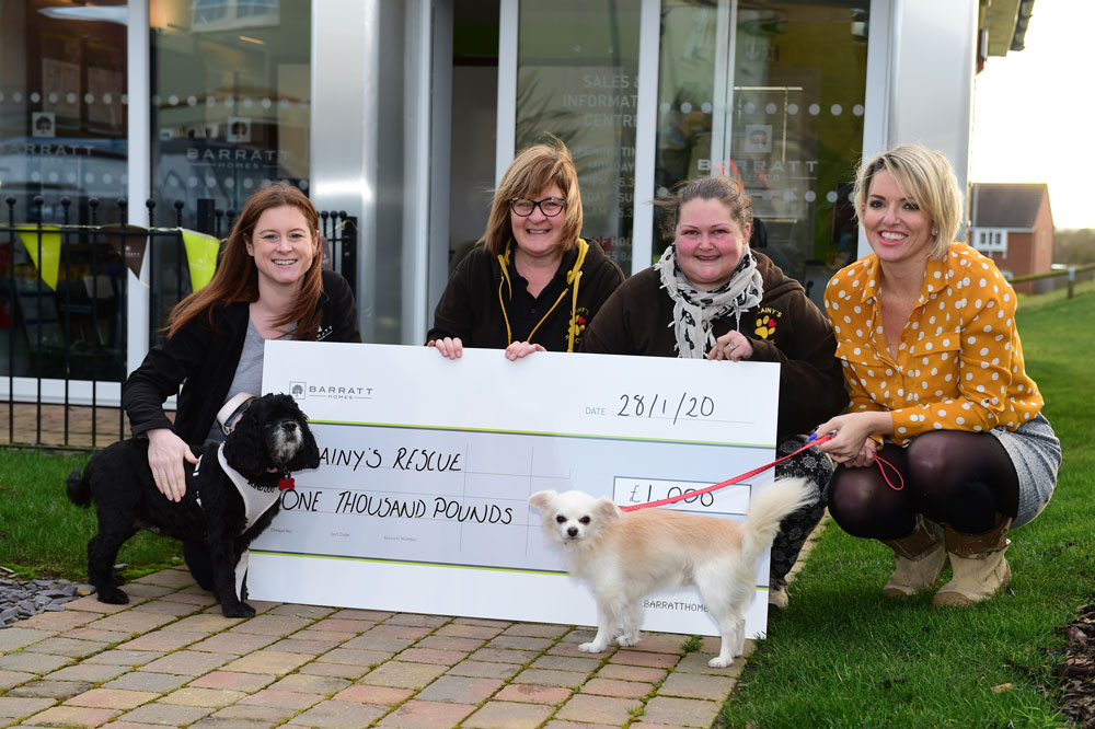 Leading homebuilder donates £1,000 to local animal rescue organisation