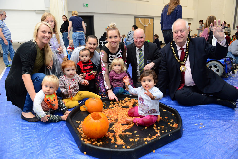 Baby group hosts spooky messy play thanks to housebuilders' donation