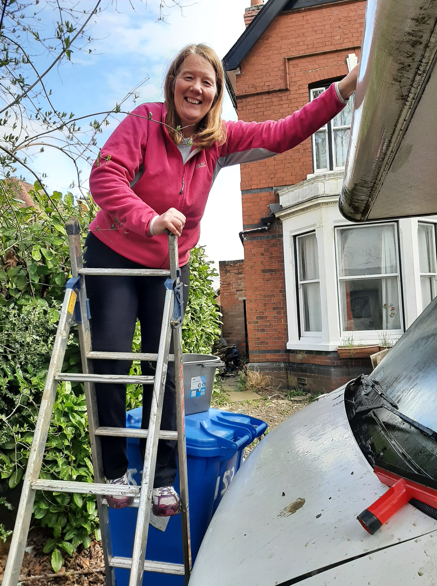 Charity CEO Rolls Up Her Sleeves In Honour of Captain Tom