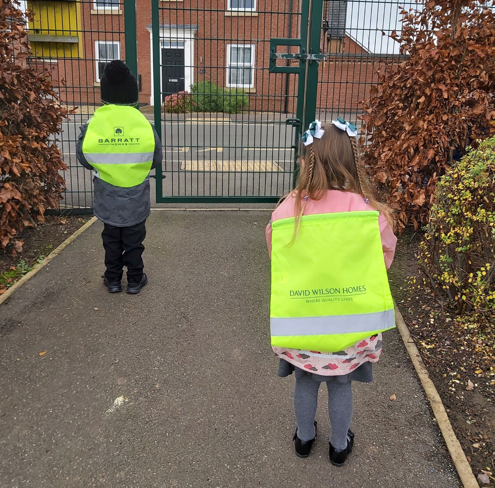 Nottinghamshire homebuilder helps pupils look on the bright side for road safety week