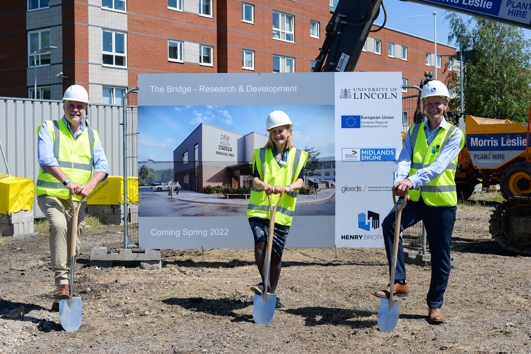 Henry Brothers breaks ground on new research facility at the University of Lincoln