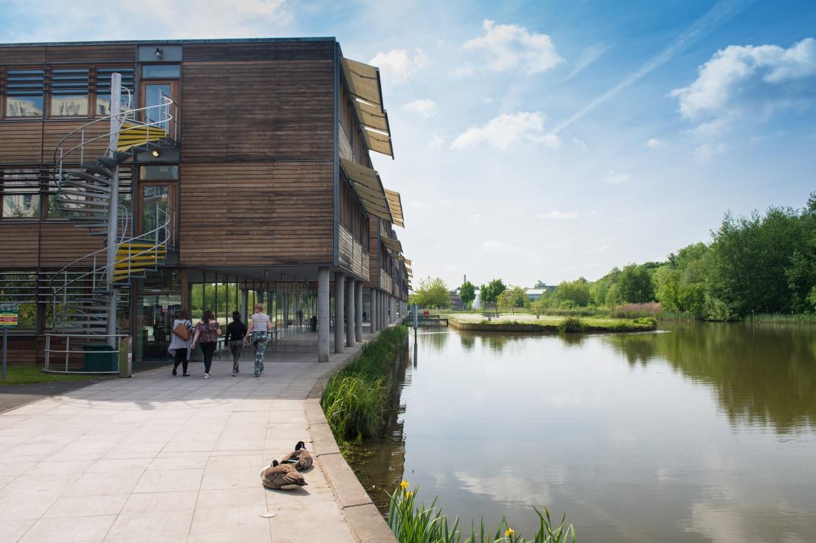 Businesses set to bridge data scientist skills gap through new University of Nottingham degree apprenticeship