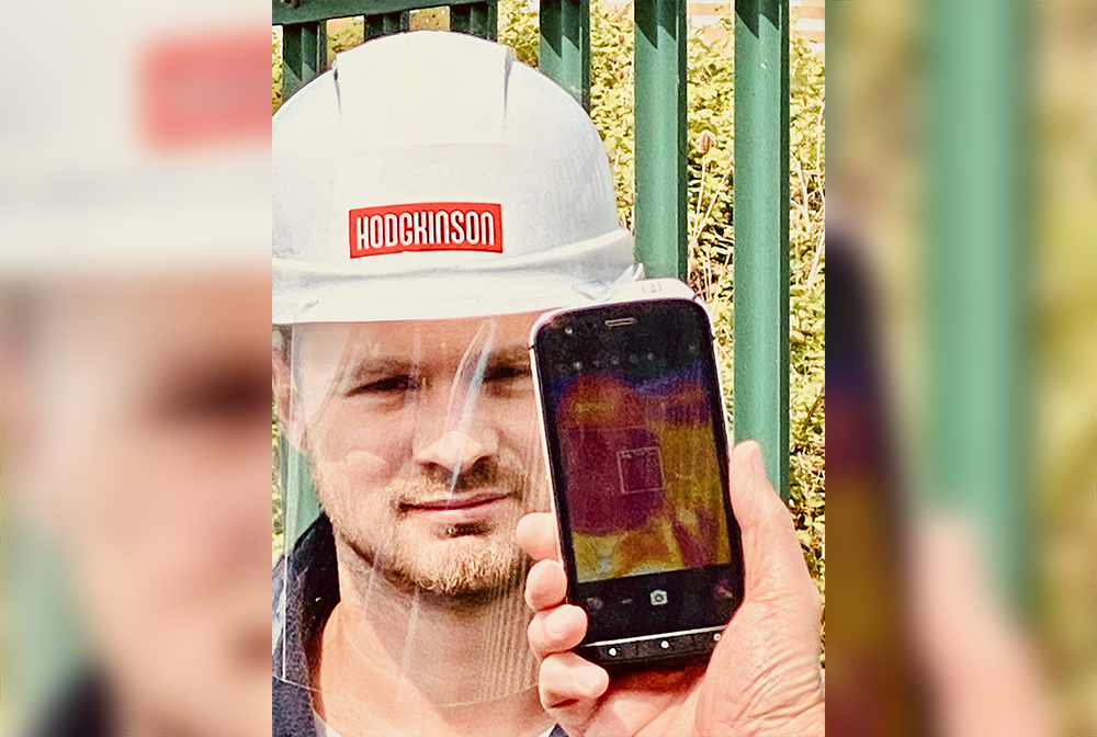 Smartphone takes temperatures to keep construction workers safe